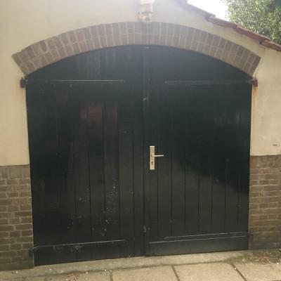 Dubbele buitendeuren met half ronde bovenkant vervangen in Warnsveld
