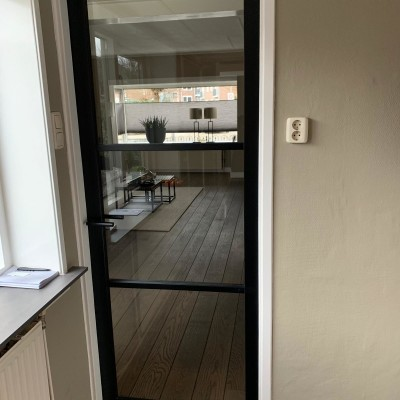 Mooie nieuwe deuren gemonteerd