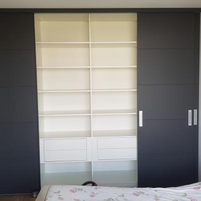 Interieur met push-to-open lades