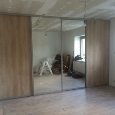 Kastenwand Met Spiegels.Schuifdeurkast Op Maat Inmeetservice Persoonlijk Advies