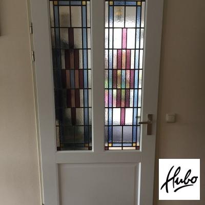 Binnendeur met eigen ontwerp glas-in-lood