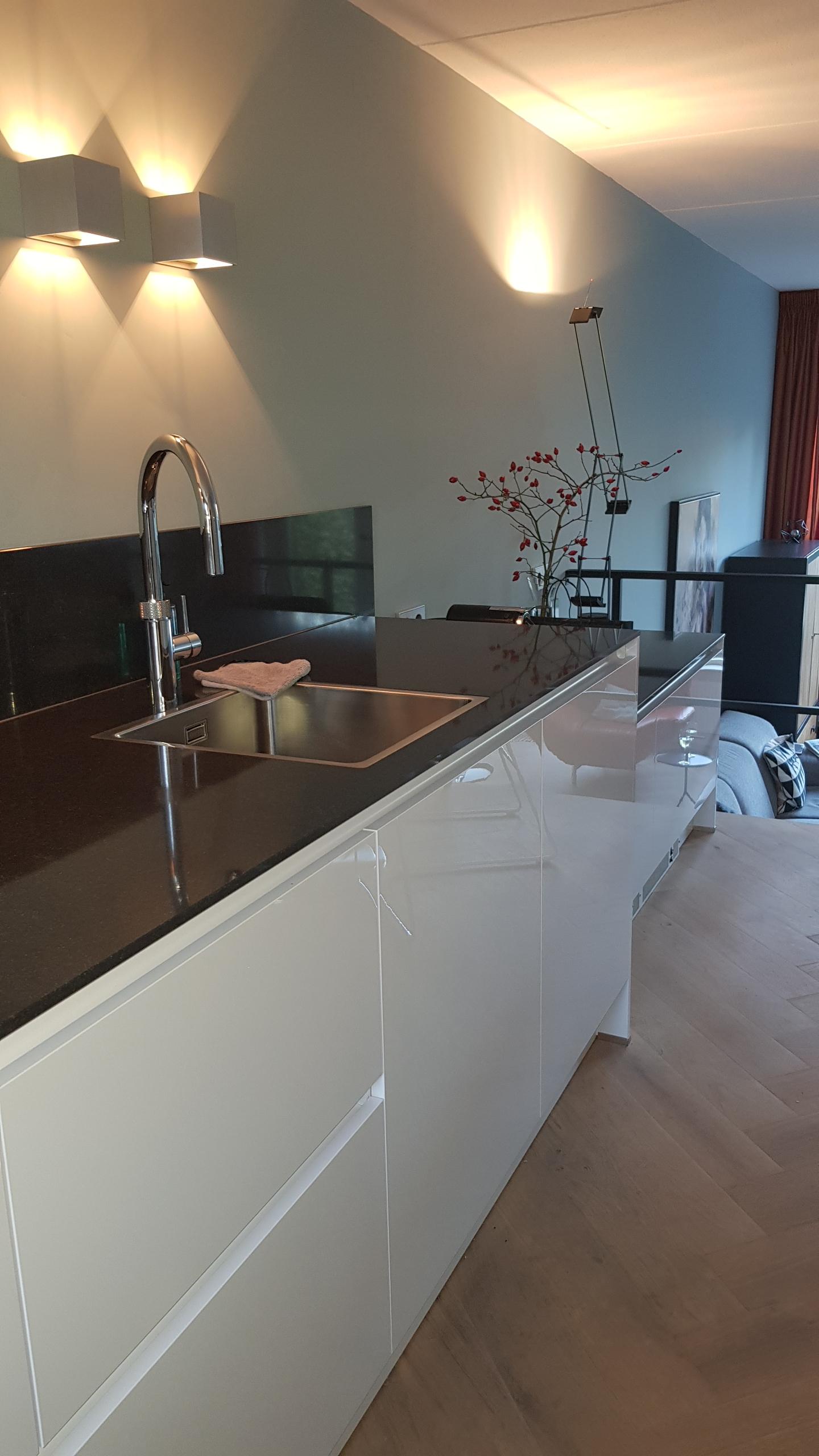 Wonderbaar Moderne keukens - Looqify LE-42